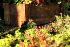 kwietnik-betonowe-drewno